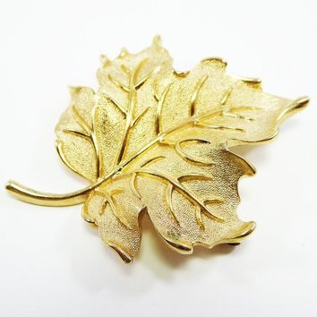Trifari Goldtone Leaf Brooch - Brushed Gold - High Polished Veins - Oak Leaf Pin - Fall Leaves -  Vintage 1960's