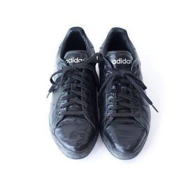 bdfb7af02eee CREY1O ADIDAS Leather Sneakers Vintage Black Tennis Shoes Womens