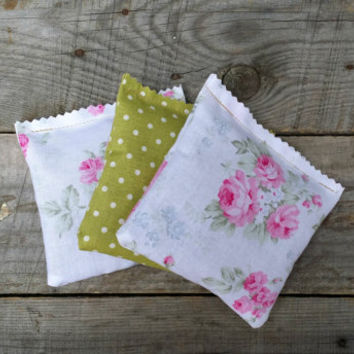 Cottage Chic Lavender Fabric Sachet Bags, Sachet Pillows, Wedding Favor, Baby Shower Favor, Lavender Scented Drawer Sachet Pillows, Set of 3