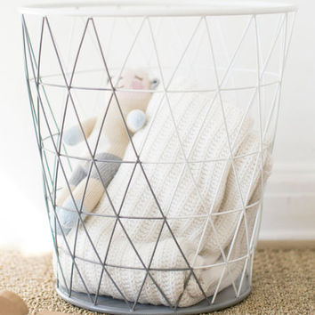 Southwest Skies Wire Hamper
