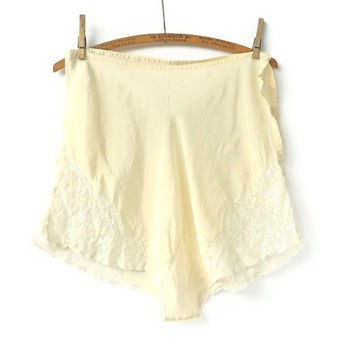 Vintage Pale Ivory Yellow Tap Pants Medium Large by marybethhale