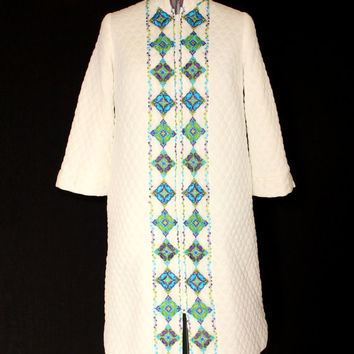 60s Quilted Bath Robe by Gossard Artemis Vintage Houswife Dress. Green Purple Turquoise Embroidery. Size Large. Mad Men.