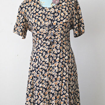 Vintage // 90s Grunge Hipster // Daisy Ditsy Floral // Babydoll Dress // Tie Back // Short Sleeve // Navy Yellow // Size Small Medium