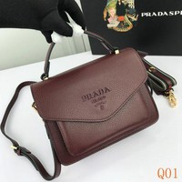 939 Prada Double Shoulder Strap Flap Bag Fashion Frame Bag 22-16-5cm
