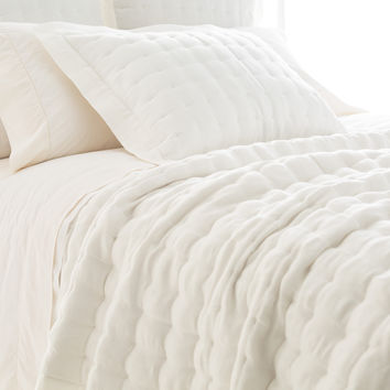 Pine Cone Hill Brussels Quilt | Ivory