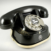 Splendid Mid Century Belgium Bell Telephone with Chrome Dial