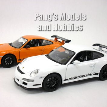Porsche 911 GT3 RS 1/24 Diecast Metal Model by Welly