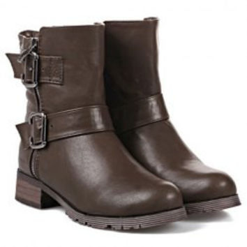 Fashionable Women's Short Boots With Buckles and Solid Color Design