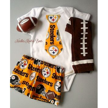 Baby Boys Pittsburgh Steelers Coming Home Outfit, Steelers Game Day Outfit, Take Home, Baby Shower Gift for Boy