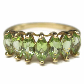 Vintage 10K Peridot Ring Yellow Gold Size 10 Clyde Duneier