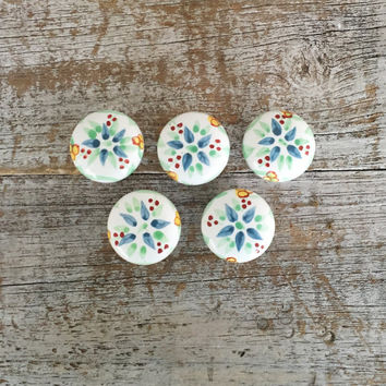 Drawer Knobs 5 Drawer Pulls Handpainted Ceramic Knobs with Floral Design Cabinet Drawer Knobs Dresser Drawer Knobs Cottage Chic Large Knobs