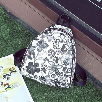 Vintage Embroidery Ethnic Canvas Backpack Women Flower Travel Bags Schoolbag mini backpack for adolescent girls mochila mujer
