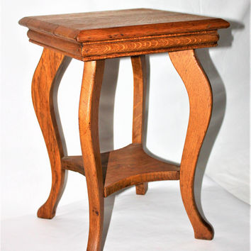 1890s Antique Wolverine Mfg. Parlor Table, Side Table