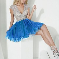 [88.99] Exquisite Tulle & Satin Chiffon V-neck Neckline A-Line Homecoming Dresses with Beading & Rhinestones. - dressilyme.com