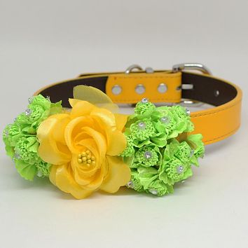 Sunny Yellow Green flower Dog Collar, Yellow leather dog collar, Green leather dog collar, Flower dog collar, pearl beaded collar, handmade