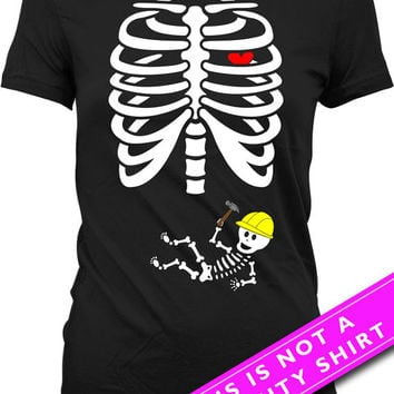 Pregnant Skeleton Shirt Halloween Pregnancy Announcement T Shirt Pregnancy Reveal Shirt Skeleton Baby Construction T-Shirt Ladies Tee MAT-41