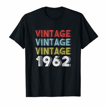 Retro Vintage Born In 1962 - 56th Birthday Gift