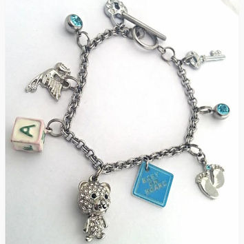 Pregnancy Charm Bracelet // It's  A Boy Charm Bracelet, Baby Shower Gift Ideas, Gender Reveal Ideas, Pregnancy Announcement Bracelet
