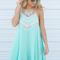 Embroidered Sleeveless Dress - Mint