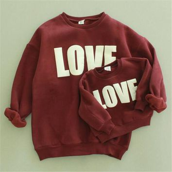 New design autumn and winter baby girl sweater With velvet print LOVE long sleeve cotton sweater clothing mother and children