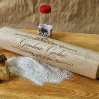 Personalized Kitchen Gift for Grandma, Gift for Mom, Engraved Wooden Rolling Pin, Baking Gift, Christmas Gift Idea, Custom Kitchen Utensil