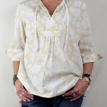 Summer Comfort With This Lightweight Loose Fitting  Lands End L 14 16 Tunic Top Beige White Floral Pintuck Pleat Cotton