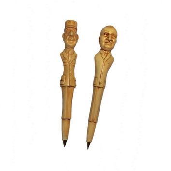 Collector Pens Figural Depose Spader Caricature Charles De Gaulle and Lyndon B. Johnson LBJ Vintage Presidential Figurine U.S. France