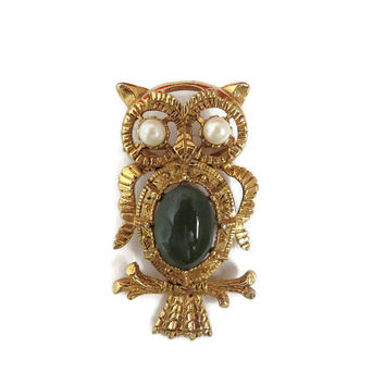 Owl Pendant Brooch, Vintage Gold Tone Owl Brooch-Pendant, Jade Glass Brooch, Faux Pearl Eyed Owl Pin, Bird Pendant, Owl Jewelry