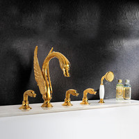 Luxury Bathtub Faucet Deck Mounted Brass Shower Set With Rainfall Hand Hold Shower Animal Swan Shape Gold Surface Faucets