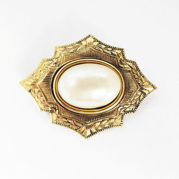 Vintage Faux Pearl Brooch, Spanish, Moorish Style Gold Tone Hat, Jacket Pin